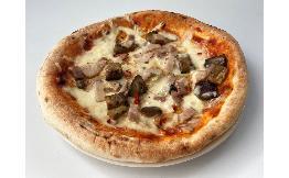 茄子とベーコンのアラビアータピザ〈ピザレボ〉 1枚