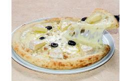 トリュフ香る4種のチーズピザ 1枚